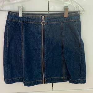Blue with black detail mini skirt (hm divided)
